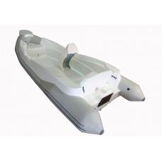 WinBoat R5 с рулевой консолью, широким кокпитом, рундуками - классический РИБ - жёстко-надувная моторная лодка