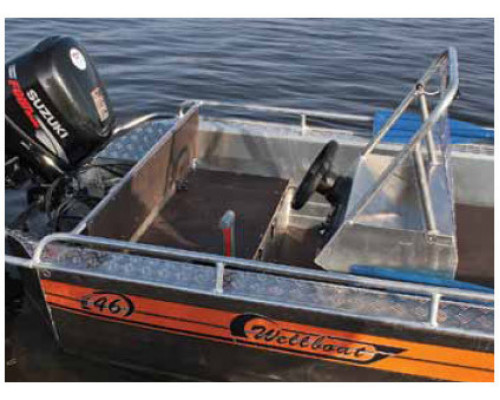 Wellboat-46 консоль - алюминиевая моторная лодка