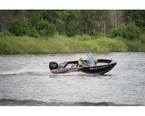 Windboat 4.6DС EVO двухконсольная - алюминиевая моторная лодка